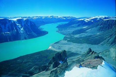Greenland Misused for Transport of US Prisoners