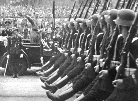 Hitler Gun Control Facts: U.S. Pro-Gun Advocates Have More in Common With Hitler Than They Think