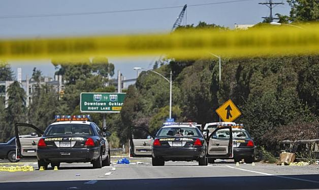 """Oakland: Trial Begins for Far-Right """"Revolutionary"""" In 2010 Freeway Shootout with Police"""
